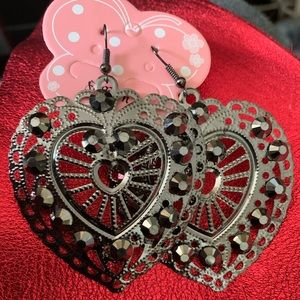 Silver and gray heart earrings